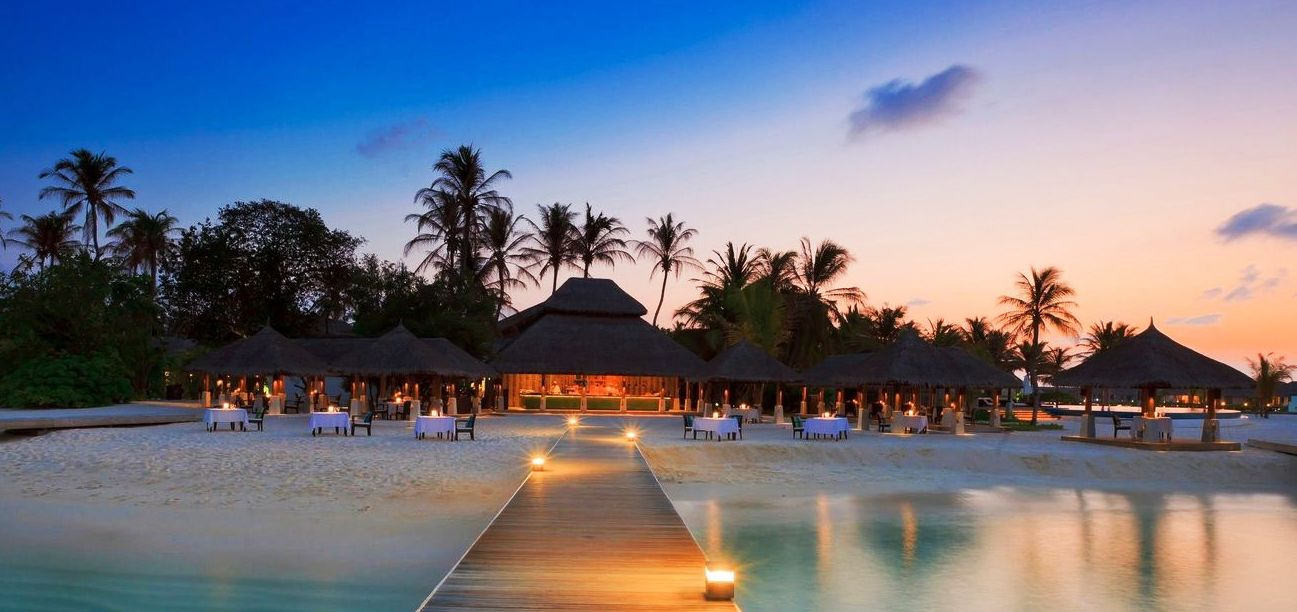 SRI LANKA AND MALDIVES TOUR
